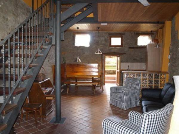 1501745654 Interior1 1875.jpg