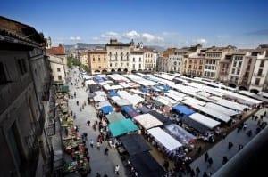 Vine El Dissabte Al Mercat De La Plaça Major De Vic I Coneix Tota L'oferta De La Comarca D'Osona