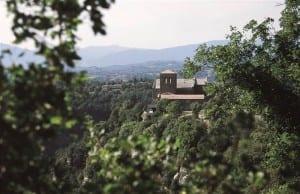 Sabies Que A Osona Hi Ha Diversos Monuments D'interès Històric? Et Recomanem Una Visita Als Cinc Més Destacats